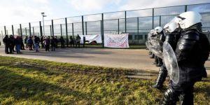 Belçika polisi, göçmen politikasına tepkili