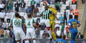 Bursaspor'un 10 maçlık galibiyet hasreti bitti