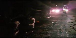 Gebze'de hafriyat kamyonu yoldan uçtu