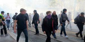 Hükümetin sosyal politikası protesto edildi