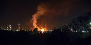 Petrol rafinerisinde patlama: 8 yaralı