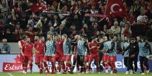 A Milli Futbol Takımı yarın Rusya ile karşılaşacak