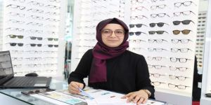 KOMEK sertifikasıyla optik dükkanı açtı