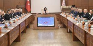 Bakan Selçuk, Üçlü Danışma Kurulu'na başkanlık etti