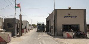 İsrail iki sınır kapısını kapattı