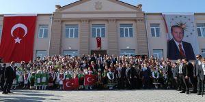 Cumhurbaşkanı Erdoğan Moldova'da Kültür Evi açtı