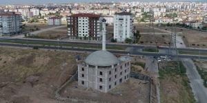 Minare ustasının zorlu mesaisi