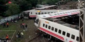 Tren kazası: 17 ölü