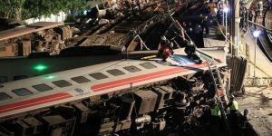 Tren kazasında bilanço arttı: 22 ölü