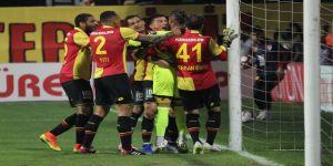 Spor Toto Süper Lig: Göztepe: 2 - Beşiktaş: 0 (Maç sonucu)