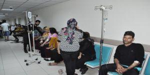 Yemekten zehirlenen 65 işçi hastanelere kaldırıldı