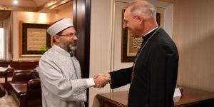 Erbaş, Vatikan Büyükelçisi'ni kabul etti