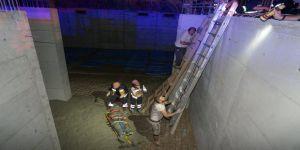 İnşaat işçisi elektrik akımına kapılarak yaralandı