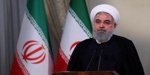 Ruhani hükümetinin politikalarına eleştiri