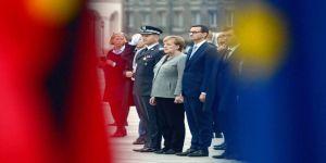 """Merkel: """"İngiltere Brexit sonrası da Avrupa'nın bir parçası olarak kalacak"""""""