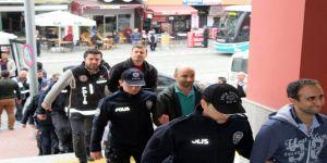 Kocaeli'de 8 astsubay FETÖ üyeliğinden tutuklandı