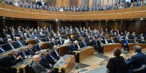 Lübnan'da kurulamayan hükümet ülkeye yük getiriyor