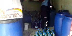 Merdiven altında üretilen temizlik ürünleri imha edildi