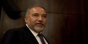 İsrail'de istifa bilmecesi
