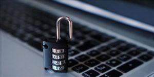 Japon Siber Güvenlik Bakanınından itiraf