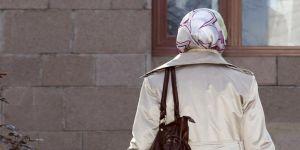 Başörtüsü karşıtı iş ilanına ceza