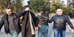 70 bin lirayı teslim alan telefon dolandırıcıları yakalandı