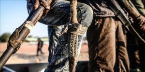 Boko Haram, 15 asker ve polisi öldürdü