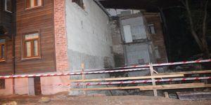 2 bina çökme riski nedeniyle boşaltıldı