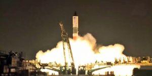 Rusya uzaya 2 buçuk ton su ve yakıt gönderdi