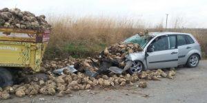 Otomobil römorka çarptı: 1 ölü