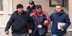Yatalak babasının boğazını keserek öldüren zanlı tutuklandı