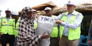 Etiyopya'da yerlerinden edilenlere TİKA'dan yardım