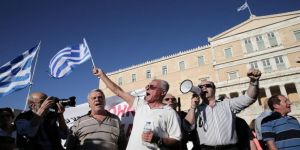Emeklilerden 'kesintiler iptal edilsin' talebi