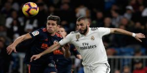 Real Madrid, Valencia'yı iki farkla yendi