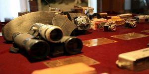 'Casus fotoğraf makineleri' müzede sergileniyor