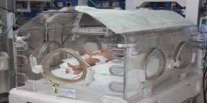 Bebeğin kalçasından ağırlığınca kitle alındı