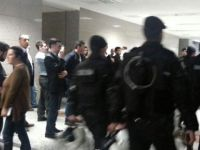 DHKP-C'li Terörist, Polis Kıyafetiyle Adliye Önünde Yakalandı!