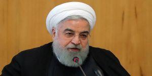 Üniversite öğrencilerinden Ruhani'ye eleştiri