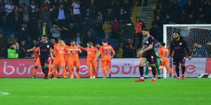 Başakşehir evinde Galatasaray'a kaybetmiyor