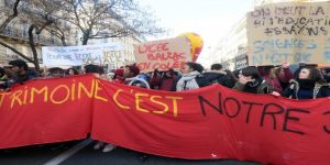 Fransa'da Sarı Yelekliler, yarın eylem için 5'nci kez sokakta olacak