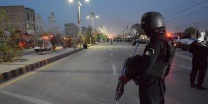 Pakistan'da konvoya ateş açıldı, 6 asker hayatını kaybetti
