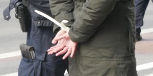 Kaçak mahkumun otostop çektiği aracın sahibi polis çıktı