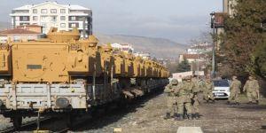 Çankırı'dan sınıra askeri sevkiyat