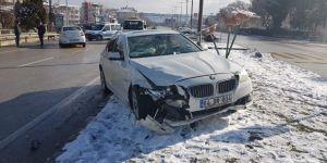 Jandarma kavşağında kaza
