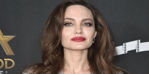 Angelina Jolie, politikaya girebilir!