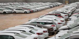 Otomobil ve hafif ticari araç pazarı yüzde 35 daraldı