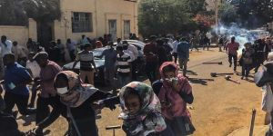 Sudan'da göstericilere polis müdahale etti