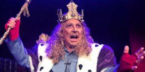 Erdal Özyağcılar'ın Kral oyunu tiyatroseverlerle buluştu