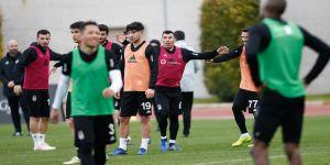 Beşiktaş'ın ikinci yarı hazırlıkları sürüyor