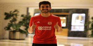 Beşiktaş, Fatih Aksoy'u Sivasspor'a kiraladı!